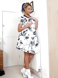 Natalia Forrest - Like a proper lady...