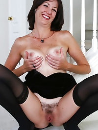 Elegant 35 year old Sydney spread her hot mature pussy