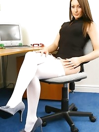 Brunette secretary Cat looking stunning in a tiny..