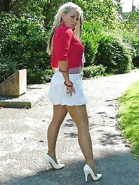 Gorgeous blonde wearing some silky smooth pantyhose