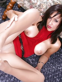This creative mommy loves pantyhose