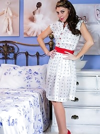 Chloe strips and shows her sexy vintage girdle and seamed..