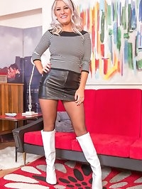 Looking fab and funky in this 60s look scene, pantyhosed..