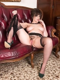 Kate likes to visit and have masturbation sessions,..