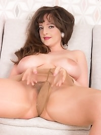 Join Kate in the living room for some slinky shiny nylon..