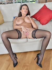 Busty mom Sensual Jane has a set of big hanging tits that..