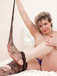 Horny Marianna masturbates her hairy pussy