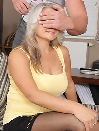 Platinum blonde Zaira Connor gets flowers and gets laid in..