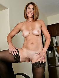 Carissa Dumonde Black and White
