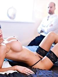 Jasmine Jae Gets Her Big Tits Covered in Hot Sticky Cum