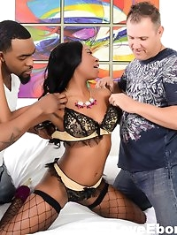 Ebony cutie Mocha Menage loves all that cock