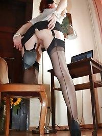 secretary hottie flashes her nylons