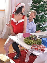 Cumming Home For Christmas - Naughty Babe Double Penetrated