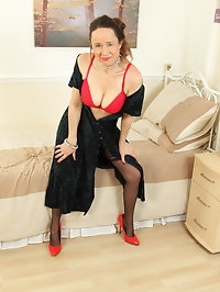 Horny British housewife Josie playing with her hairy pussy