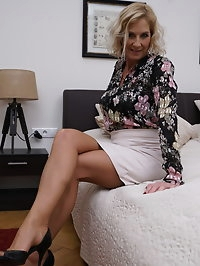 Naughty British housewife Molly Maracas getting naughty..