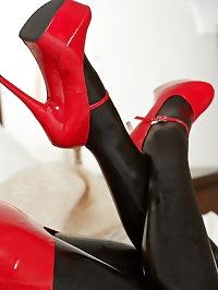 natalia red black new
