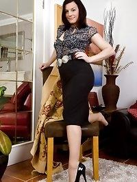 Sofia Matthews - Afternoon tease!