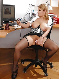 Hot Katarina shows pussy for webcam