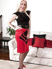 Krystal Niles - Couch cutie...