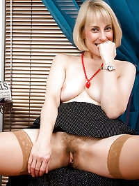 53 year old Hazel shows off her hairy pussy after a..