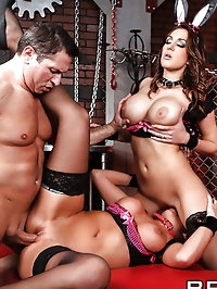 Kiera King, Brianna Brooks Pictures in The Taming of the..
