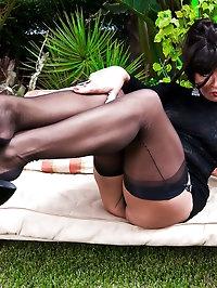 Amazing slut shows off her legs