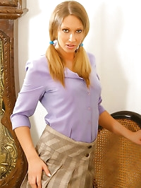 Gorgeous Veronica the secretary with stockings