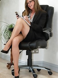 stocking secretary flashes
