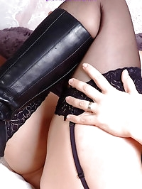 Hot Mistress Sammi is telling you exactly how you must..