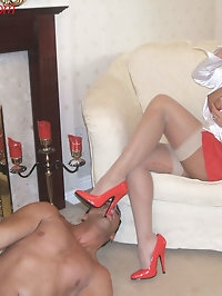 Horny model Lana loves getting her feet worshipped and..