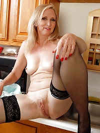 54 year old blonde housewife doing it just right in the..