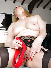 52 year old Amanda displays her perfect ivory skin in the..