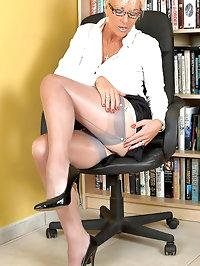 Astrid - Librarian Astrid strips to open bottom girdle FFS..